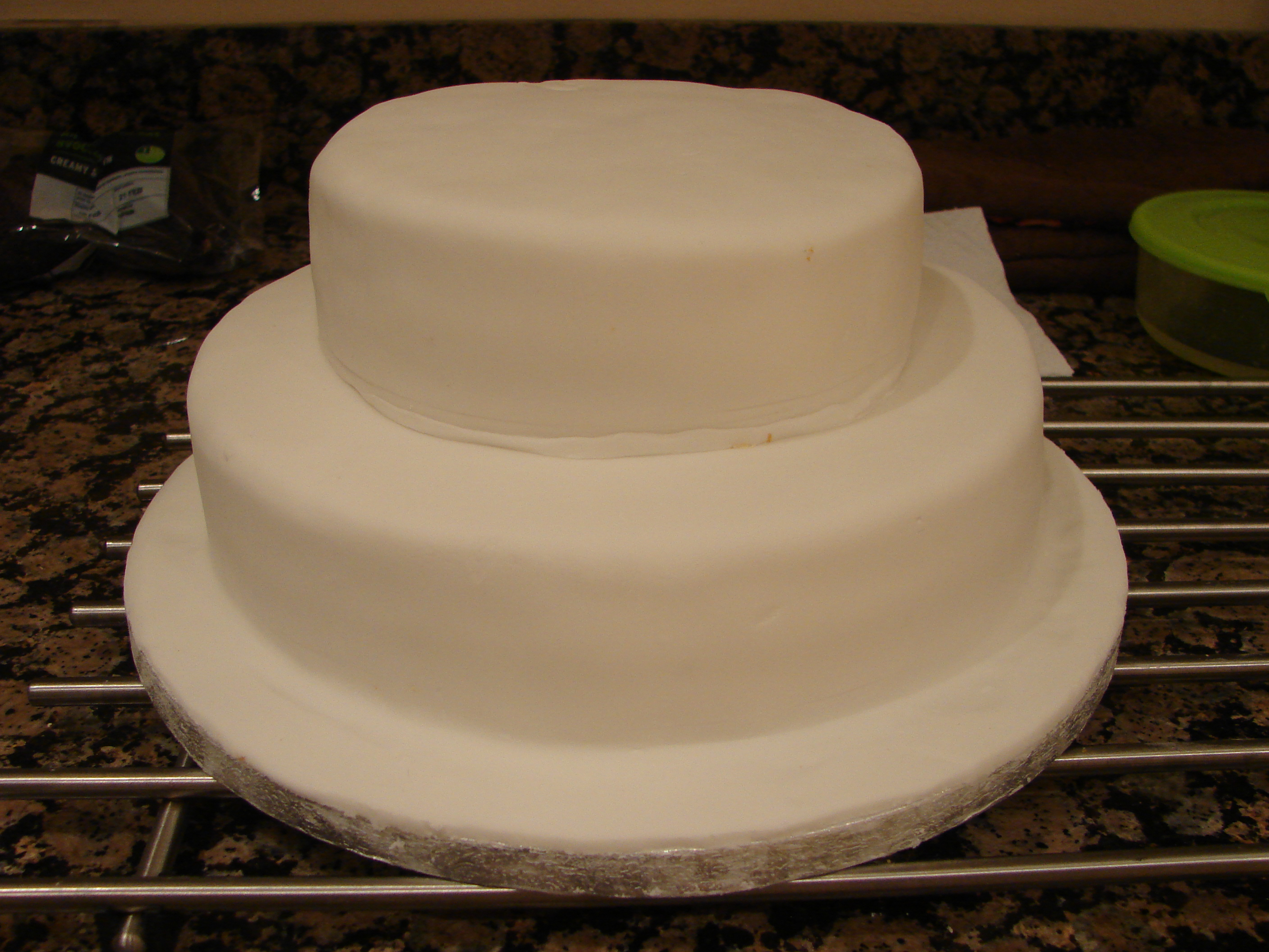 Plain White 2 Tier Wedding Cake Viewing Gallery